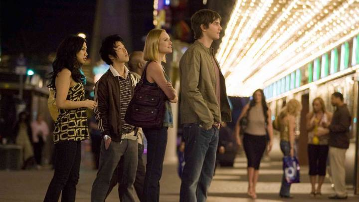21 – Kate Bosworth, Liza Lapira, Jim Sturgess and Aaron Yoo